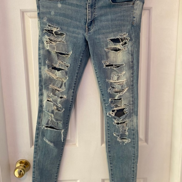American Eagle super stretch skinny jeans!